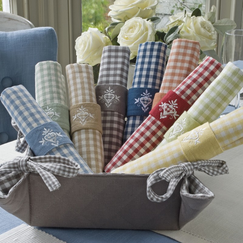 Auberge-Napkin-Group