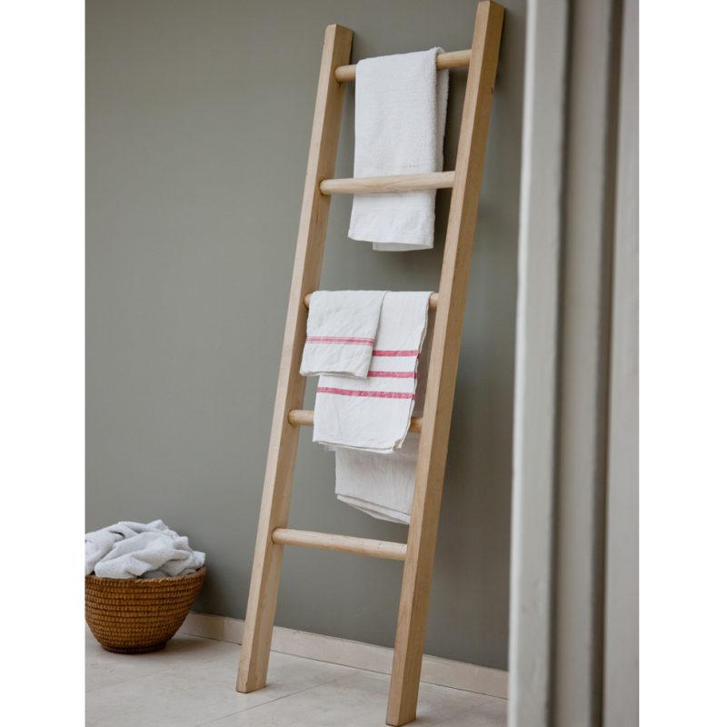 _oak_towel_ladder
