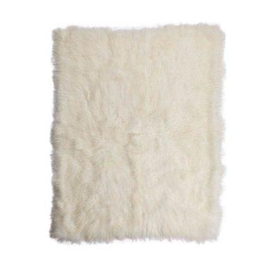 Sheepskin throw_Ivory