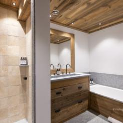 Bathroom 1 credited
